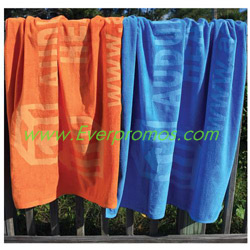 Diamond Collection Colored Beach Towel